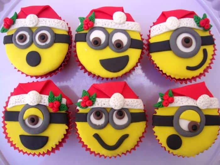 Santa Claus Minions Cupcakes