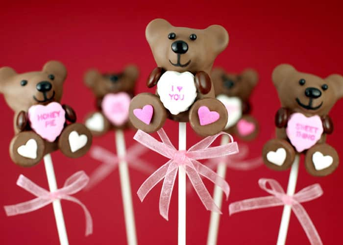 Teddy Bear Valentine Cake Pops