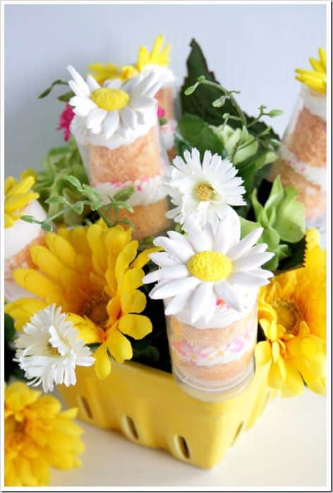 Mothers Day Cake Push Pops